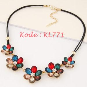 KL771