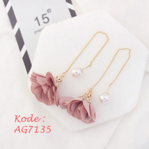 AG7135